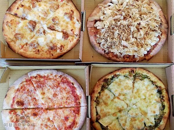 紅鬍子手工窯烤披薩12-披薩上桌