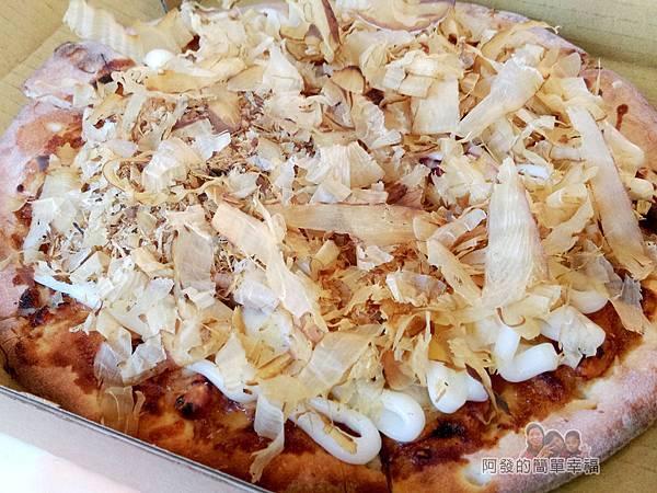 紅鬍子手工窯烤披薩15-章魚燒披薩