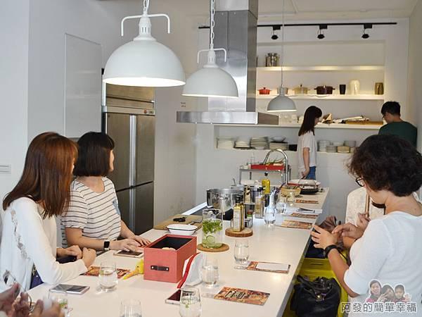 小磨坊廚藝活動05-廚藝教室環境