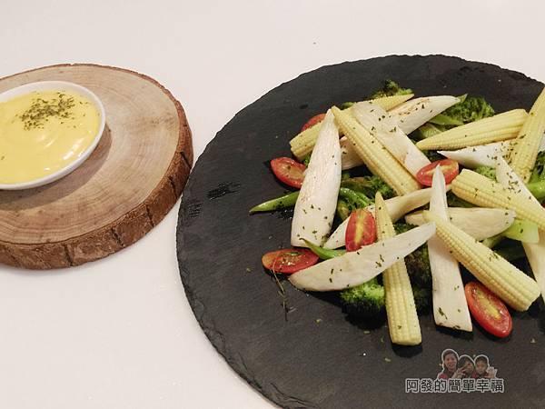 小磨坊廚藝活動32-手打蒜味美奶滋-和蔥油風味時蔬也很搭