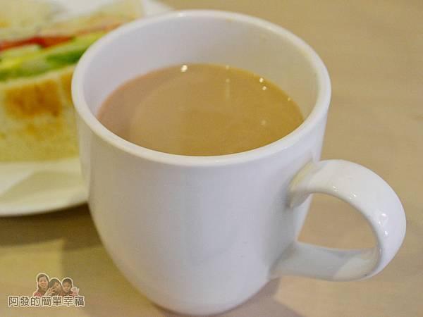 咬咬吐司20-鮮奶茶