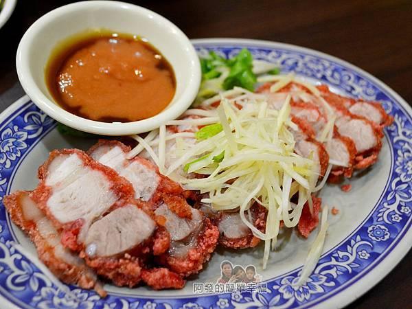 張媽媽切仔麵18-紅燒肉.jpg