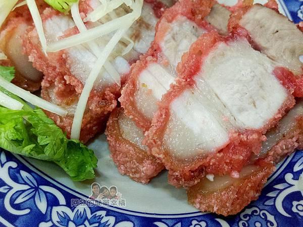 張媽媽切仔麵19-紅燒肉特寫.jpg