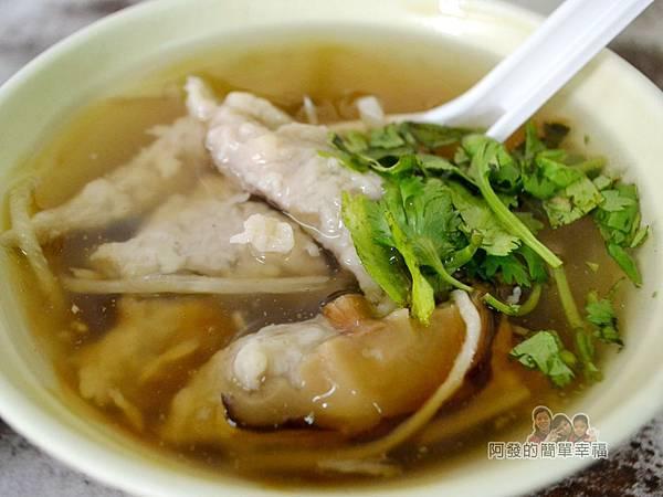 林記香菇赤肉羹10-香菇肉羹湯
