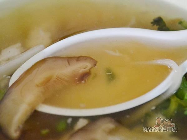 林記香菇赤肉羹12-湯頭