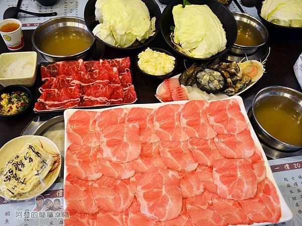 鍋饕精饌涮涮鍋17-豪邁的火鍋肉盤