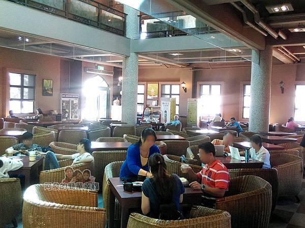 金車伯朗城堡咖啡館14-城堡1館-1樓用餐環境
