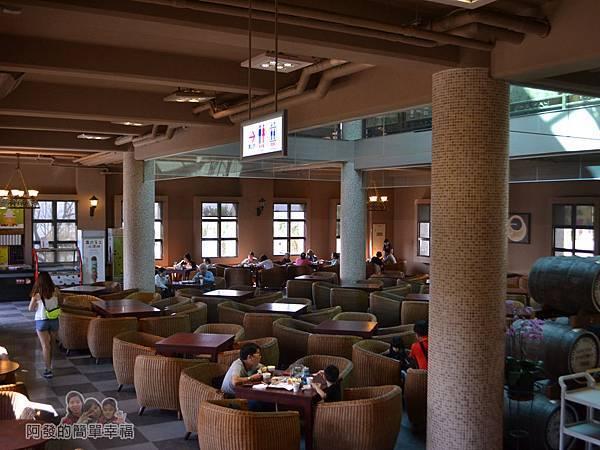 金車伯朗城堡咖啡館17-城堡1館-1樓用餐環境III