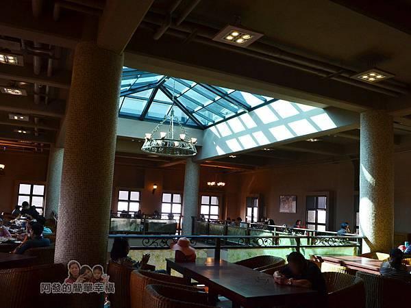 金車伯朗城堡咖啡館21-城堡1館-2樓用餐環境