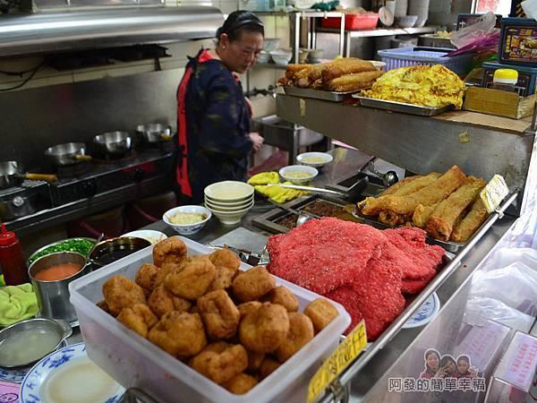 麻醬麵蛤蜊湯05-料理檯