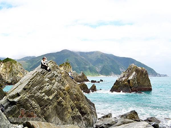 蘇澳粉鳥林26-大岩石上賞無敵海景