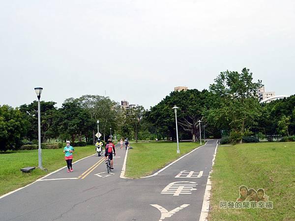 新店溪右岸08-古亭河濱公園至跨堤天橋段