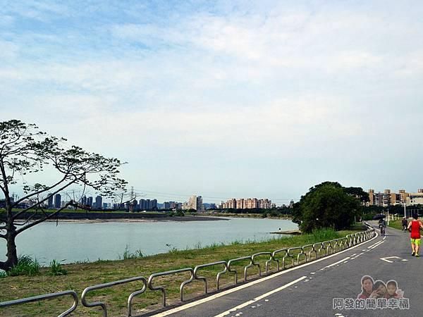 新店溪右岸14-中正河濱公園路段