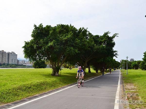 新店溪右岸20-馬場町紀念公園-往華中河濱公園