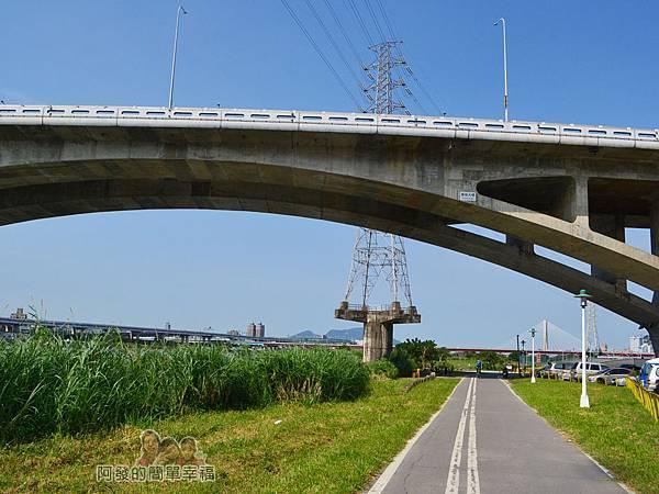 新店溪右岸30-萬板大橋