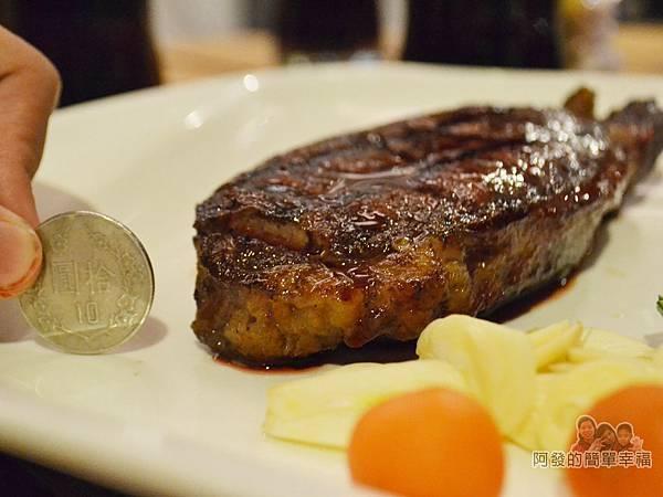 紅牛原味炭烤牛排27-8oz特級雪花沙朗牛排厚度