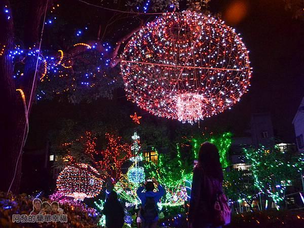 福興里聖誕公園01-公園後方入口處