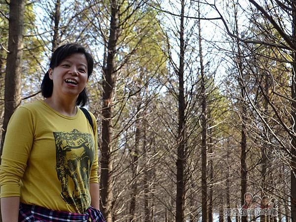 落羽松森林14-老婆真的非常開心