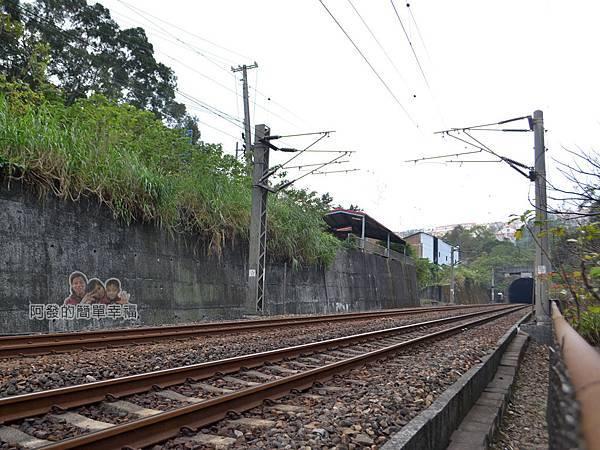 功維敘隧道13-新的火車隧道