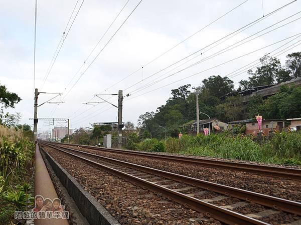功維敘隧道14-新的火車鐵道