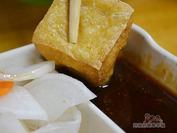 越南美食16-炸豆腐沾醬