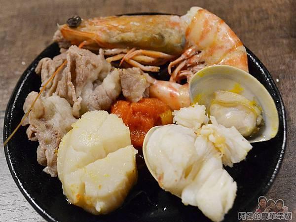 崔官木桶鍋44-都是新鮮的高級食材