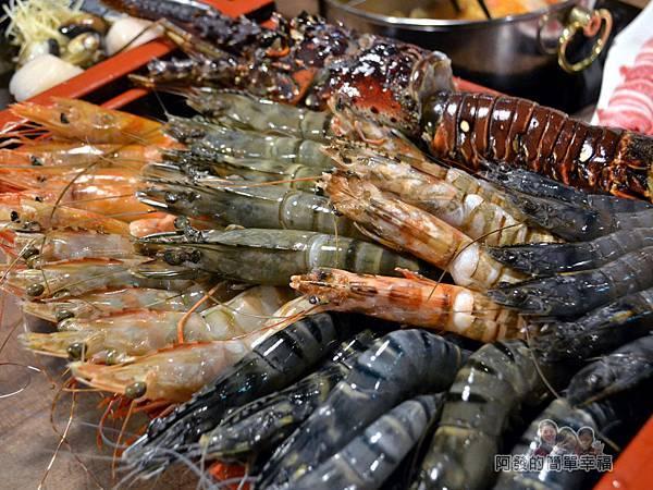 火鍋推薦列表-崔官木桶鍋03-第一次同時看到這麼多種高級蝦