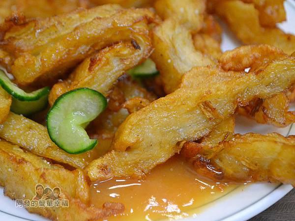 大榮肉粥27-炸牛蒡甜不辣特寫