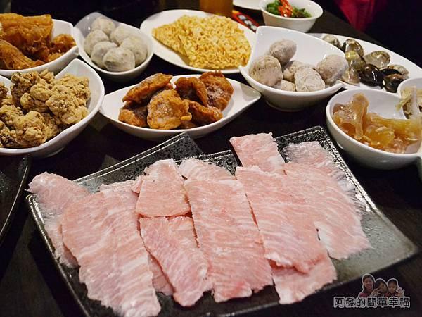 齊味麻辣鴛鴦火鍋25-松板豬肉