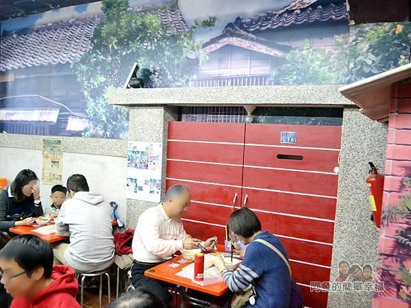 呷二嘴15-台灣早期街邊小巷的復古風