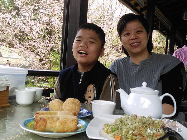 大尖山賞櫻32-珍饡玉膳為素食餐廳