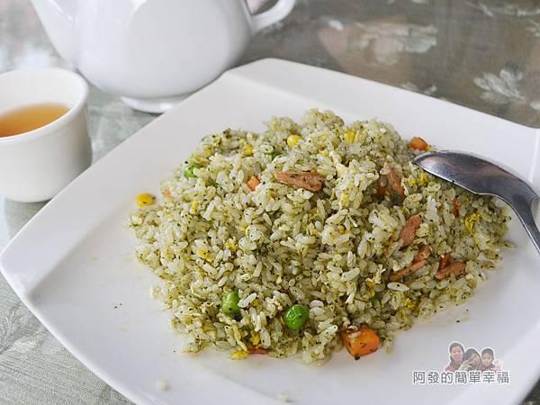 珍饌玉膳24-香椿炒飯