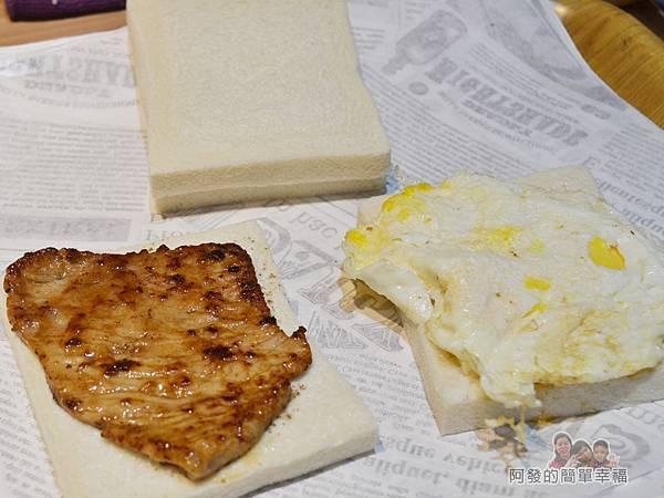 餓哥早午餐13-工作檯