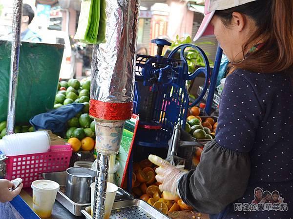 迪化街金桔檸檬汁06-忙碌的老闆娘