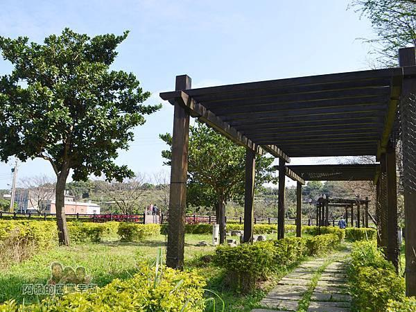 三生步道14-三生公園遮陽廊道