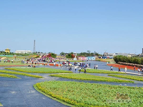 農業博覽會07-奇幻烏托邦展區-「金色山脈-農迷宮」.jpg