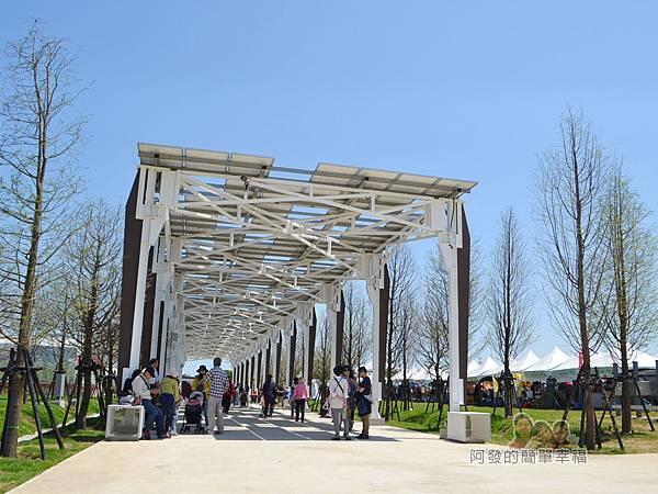 農業博覽會22-光電廊道.jpg