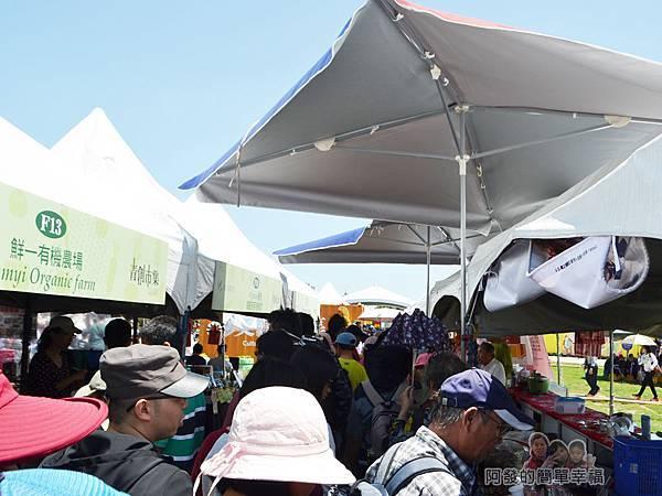 農業博覽會27-青創市集人潮.jpg