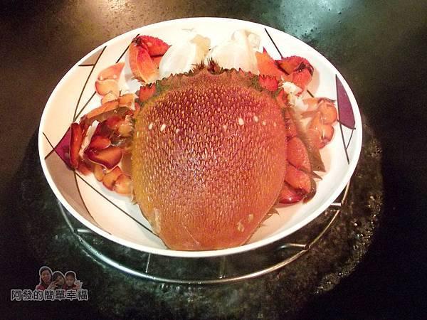 肉粽變螃蟹米糕04-大火蒸螃蟹8分鐘