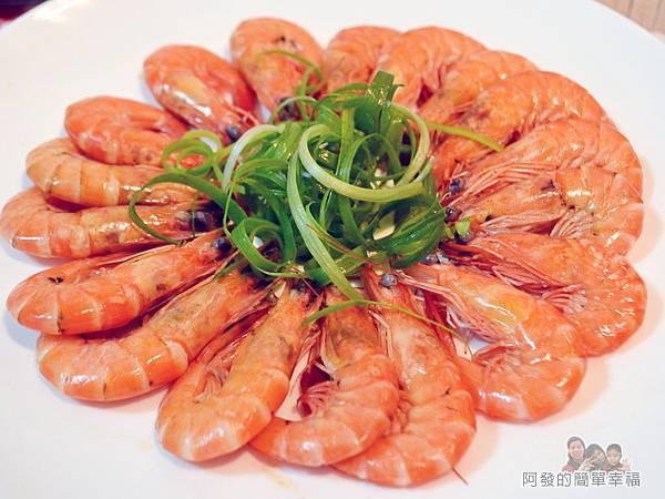 阿源師紅尾蝦13-擺盤特寫