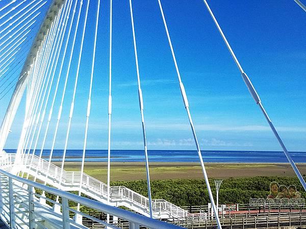 新竹市香山-豎琴橋20-橋上風景-鹽水港海濱