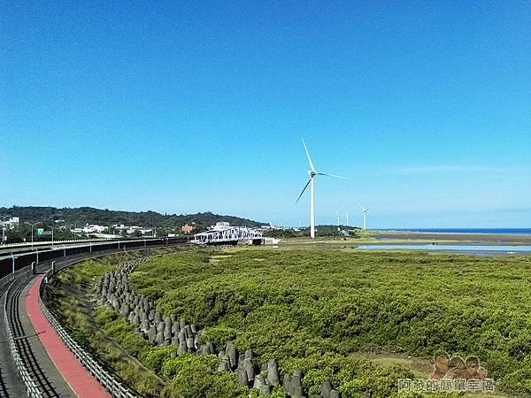 新竹市香山-豎琴橋28-橋上風景-新竹17公里海岸線自行車道往南