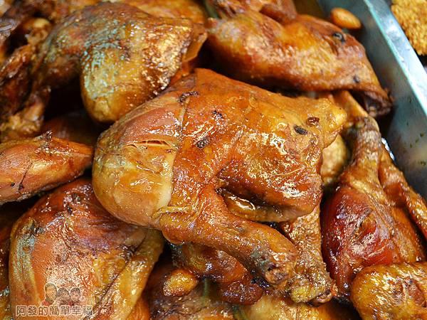 香甜小吃09-滷炸雞腿