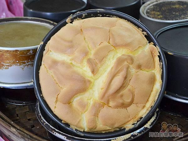 海山餅店11-烤鍋中的傳統布丁蛋糕