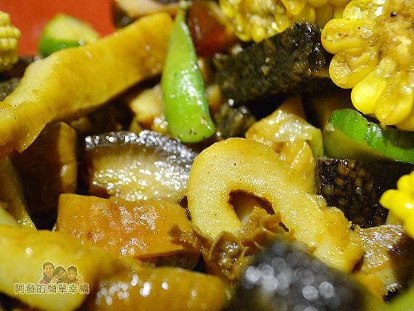 一串日式關東煮26-焦糖冷滷味特寫
