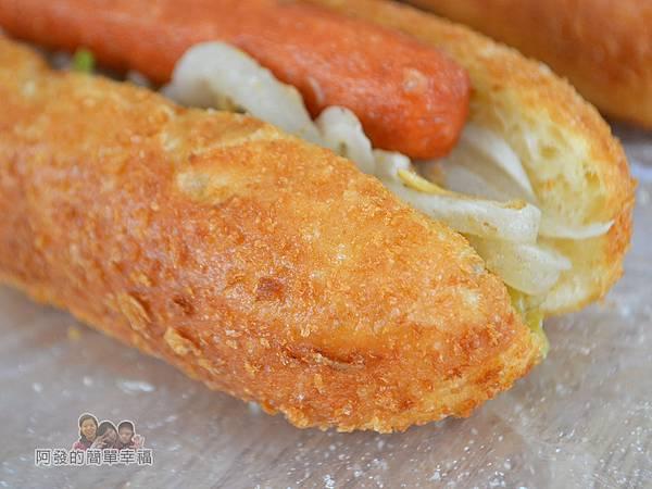 溫不一樣三明治甜甜圈14-營養三明治-外皮特寫