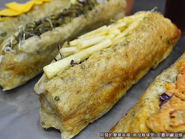 安嘉明鹹油條24-蘋果生菜鹹油條-古早味甜辣醬