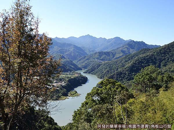 角板山17-觀景台上視野-可觀賞到美麗的大漢溪河谷風貌