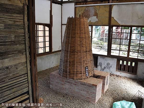 角板山29-樟腦收納所-竹編製桶