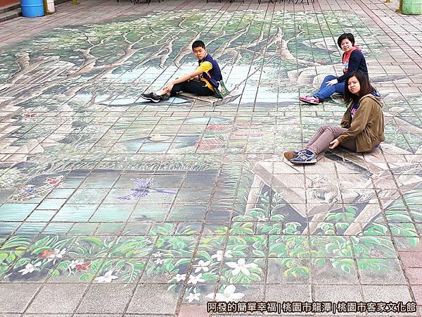 桃園市客家文化館06-日頭花假日廣場(前廣場)